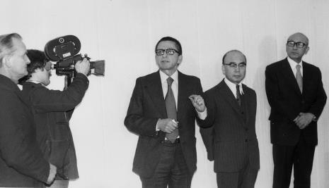 x, x, dyr. Ryszard Stanisławski, ambasador Japonii, dyr. Masayoshi Honma (Muzeum Narodowe Sztuki Nowoczesnej w Osace)