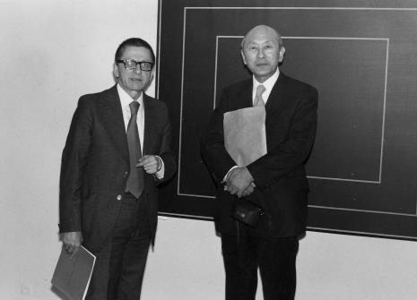 Dyr. Ryszard Stanisławski i dyr. Masayoshi Honma (Muzeum Narodowe Sztuki Nowoczesnej w Osace)