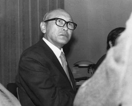 Konferencja prasowa w czytelni biblioteki Działu Dokumentacji Naukowej, dyr. Masayoshi Honma (Muzeum Narodowe Sztuki Nowoczesnej w Osace)