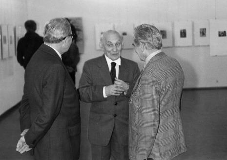 Emerytowani pracownicy ms, od lewej kustosz Władysław Cichocki, kustosz Michał Bohdziewicz, konserwator Lucjan Bielecki