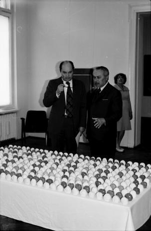 Z prawej Ryszard Brudzyński (wicedyrektor ms) w rozmowie ze Zbigniewem Politem (wiceprezydentem Łodzi)