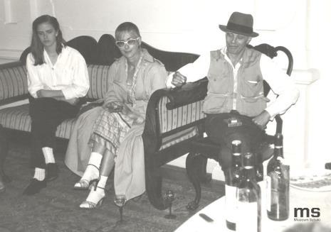 Jessyka Beuys (córka), Eva Beuys (żona), Joseph Beuys w gabinecie dyr. Ryszarda Stanisławskiego