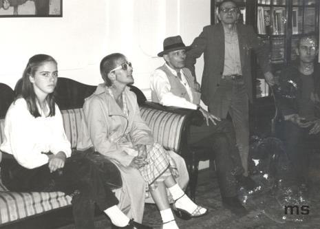 Jessyka Beuys (córka), Eva Beuys (żona), Joseph Beuys, dyr. Ryszard Stanisławski, Jaromir Jedliński (Dział Grafiki i Rysunku Nowoczesnego)