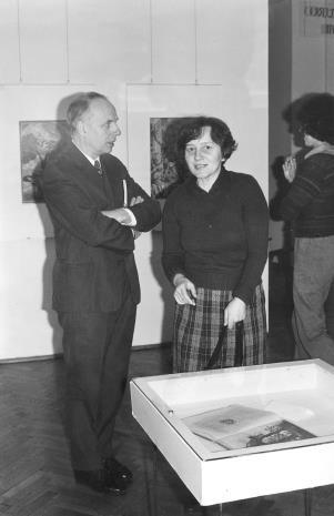 Stefan Izdebski (Dział Administracyjno – Gospodarczy) i dr Maria Potemska (Dział Konserwacji)