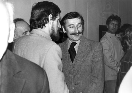 Tomasz Karolak (z lewej) w rozmowie z Michałem Wojciechem Walczakiem (Wojewódzki Konserwator Zabytków), z prawej Andrzej Gieraga