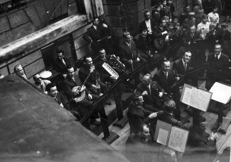 Członkowie orkiestry Edwarda Ciukszy