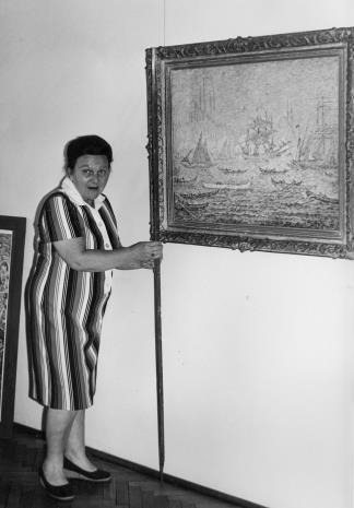 Regina Marquardt (Dział Realizacji Wystaw i Wydawnictw)