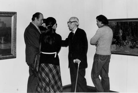 Trzeci od lewej malarz Konstanty Mackiewicz