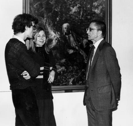 Od lewej Grzegorz Musiał (Dział Fotografii i Technik Wizualnych), Maria Morzuch (Dział Sztuki Nowoczesnej), dyr. Ryszard Stanisławski (ms)