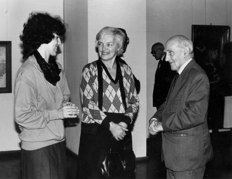 Hanna Grzeszczuk (Dział Sztuki Polskiej), Halina Zawilska (Dział Sztuki Polskiej), Mieczysław Bohdziewicz (emerytowany pracownik ms)