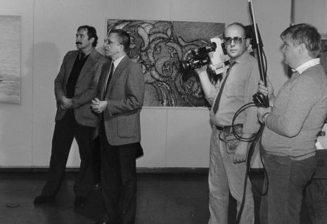Od lewej Wojciech Walczak (Wojewódzki Konserwator Zabytków) , dyr. Ryszard Stanisławski (ms), ekipa TVP