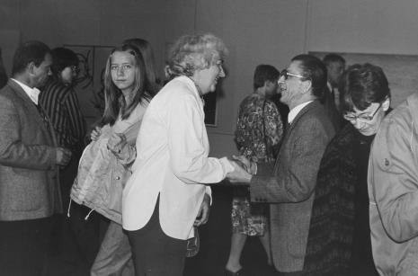 Od lewej grafik Tomasz Jaśkiewicz, x, panna Zielińska, pani Utkinowa, dyr. Ryszard Stanisławski (ms), x