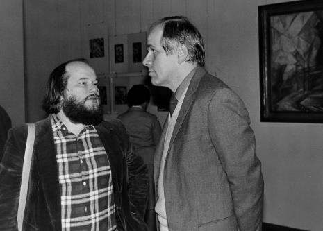 Antoni Mikołajczyk w rozmowie z dr. Januszem Zagrodzkim (Dział Rysunku i Grafiki Nowoczesnej)