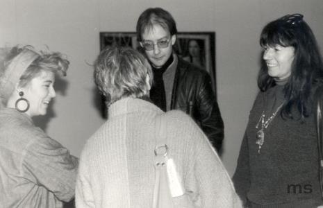 Od lewej x, tyłem Patricia Douthwaite, Richard Betts (designer), Inka Sobien-Steven