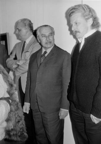 Od lewej architekt Bolesław Kardaszewski (Politechnika Łódzka), Ryszard Brudzyński (prezes Federacji Stowarzyszeń Kulturalnych), Urlich Krempel (Museum Folkwang, Essen)