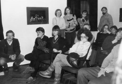 Na pierwszym planie red. Ewa Karwowska (Głos Robotniczy), w głębi po prawej Edward Łazikowski