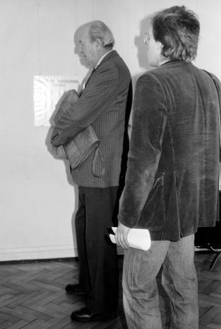 Z lewej red. Jerzy Kwieciński (Odgłosy)