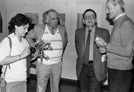 Od lewej państwo Poleskie, dyr. Ryszard Stanisławski (ms), przedstawiciel Aeroklubu Łódzkiego