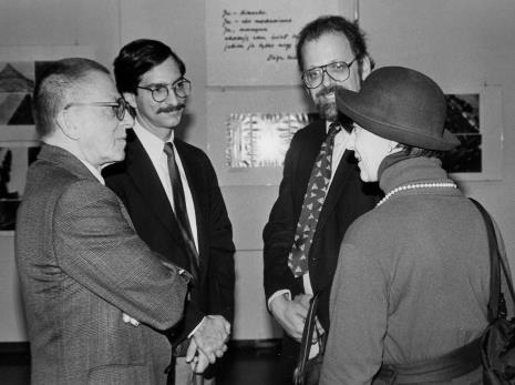 Dyr. Ryszard Stanisławski i Eva Rubinstein w rozmowie z przedstawicielami Art Institute of Chicago