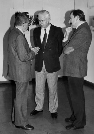 Od lewej dyr. Ryszard Stanisławski (ms),  Jan Nosko (wiceprezydent Łodzi), Michał Walczak (Wojewódzki Konserwator Zabytków)