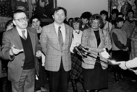 Od lewej na pierwszym planie dyr. Ryszard Stanisławski (ms), Zygmunt Krauze), red. Iżykowska-Mironowicz (Głos Robotniczy)