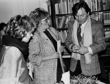red. Danuta Śmierzchalska (Odgłosy), red. Anna Iżykowska-Mironowicz (Głos Robotniczy), Zygmunt Krauze