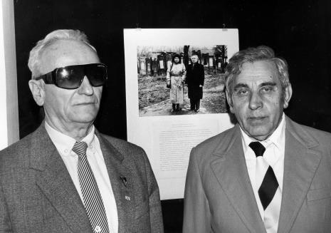 Przedstawiciele Gminy Wyznaniowej Żydowskiej w Łodzi, z prawej Izaak Kersz