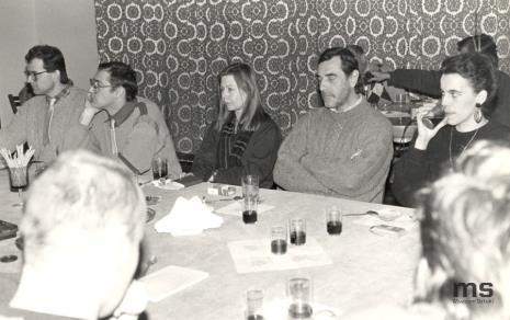 Od lewej lewej Ryszard Woźniak, Jarosław Modzelewski, Maria Morzuch (Dział Sztuki Nowoczesnej), Tomasz Cicierski, Anna Beller