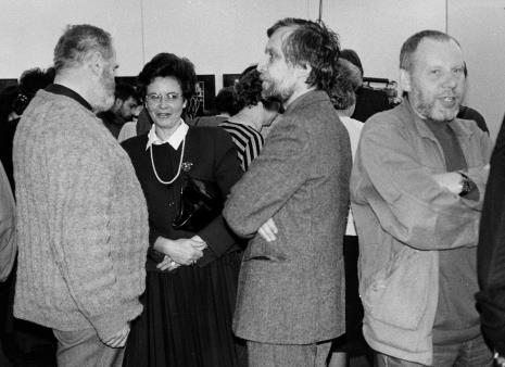 Trzeci od lewej Lech Leszczyński (Wydział Kultury i Sztuki UMŁ)