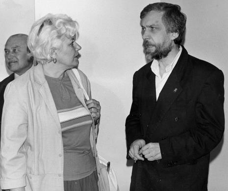 Od lewej Ryszard Brudzyński (Towarzystwo Przyjaciół Muzeum Sztuki), Bożena Pietraszak (Muzeum Historii Miasta Łodzi), Lech Leszczyński (Rada Narodowa M. Łodzi)