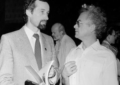 Na pierwszym planie Paweł Wojciechowski (rzecznik prasowy prezydenta Łodzi), Günther Knakstedt (ambasador RFN), w głębi Ryszard Kuba Grzybowski.
