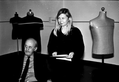 Maria Morzuch (Dział Sztuki Nowoczesnej) i Edward Krasiński