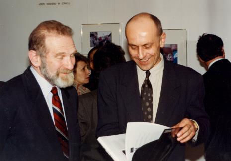 Prof. Bronisław Geremek i dyr. Jaromir Jedliński (ms)