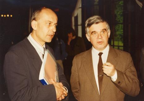Dyr. Jaromir Jedliński (ms), dr Jacek Ojrzyński (Dział Dokumentacji Naukowej)