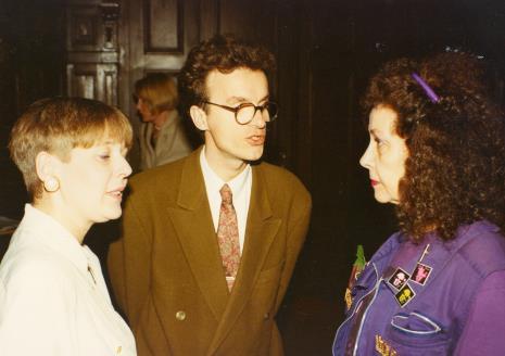 Od lewej Katarzyna Jasińska (Dział Promocji), Grzegorz Musiał (Galeria 86 w Łodzi), Isabelle Colin Dufresne - Ultra Violet