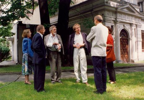Od lewej x, Ryszard Stanisławski, x, dyr. Christoph Brockhaus (Duisburger Wilhelm Lehmbruck Museum), dyr. Jaromir Jedliński (ms), Agnieszka Lulińska