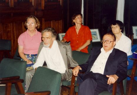 Od lewej x, x (muzealnicy niemieccy), Agnieszka Lulińska, Ryszard Stanisławski, Urszula Czartoryska (Dział Fotografii i Technik Wizualnych)