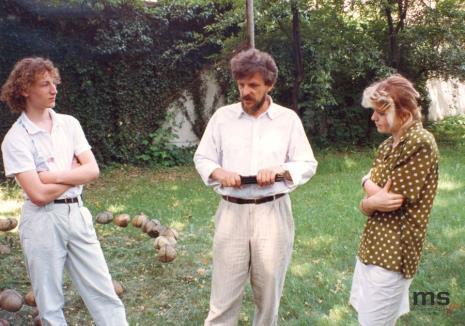 Wiesław Karolak (w środku) z uczestnikami zajęć