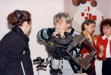 Od lewej red. Beata Szuszwedyk (TVP), kamerzysta TVP, red. Krystyna Namysłowska (Polskie Radio), red. Renata Sas (Express Ilustrowany)