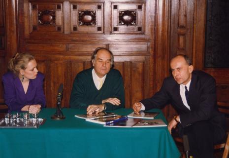 Konferencja prasowa w sali odczytowej ms, Gerdie Verschoor (ambasada Holandii), Carel Visser, dyr. Jaromir Jedliński (ms)
