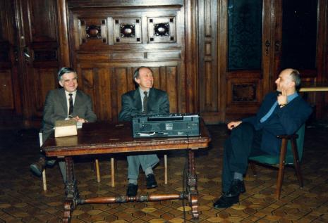 Od lewej dr Jacek Ojrzyński (Dział Dokumentacji Naukowej), Stanislav Kolibal, Jaromir Jedliński