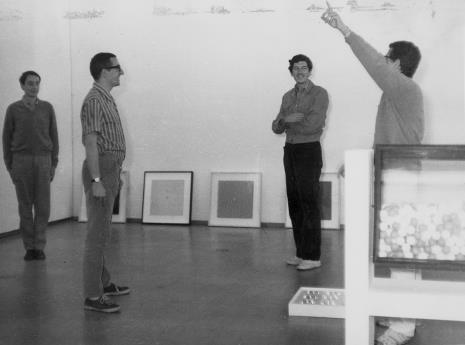 Przed otwarciem wystawy: Grupa N, od lewej Manfredo Massioroni, Ennio Chiggio, Eduardo Landi, Alberto Biasi