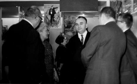W środku Michalina Tatarkówna-Majkowska (członek KC PZPR), Ryszard Stefańczyk (kierownik Wydziału Kultury i Sztuki RN w Łodzi)