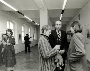 W środku dyr. Jaromir Jedliński, z prawej wiceprezydent Łodzi Elżbieta Hibner