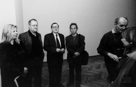 Od lewej Maria Morzuch (Dział Sztuki Nowoczesnej), Royden Rabinowitch, Ryszard Stanisławski, Koji Kamoji, Wacław Borowski (Galeria Foksal w Warszawie), Janina Ładnowska (Dział Sztuki Nowoczesnej)