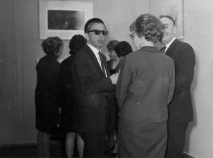 Od lewej dyr. Ryszard Stanisławski, Zofia Włodarczykowa (KŁ PZPR), Ryszard Stefańczyk (kierownik Wydziału Kultury i Sztuki RN w Łodzi)