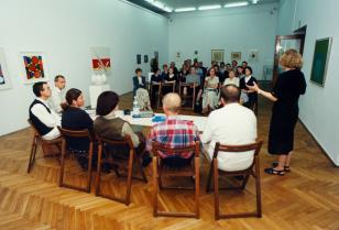 Marzenia i rzeczywistość. Sytuacja galerii polskich po 1989 roku - spotkanie kierowników galerii na wystawie Denise René. Sztuka konkretna