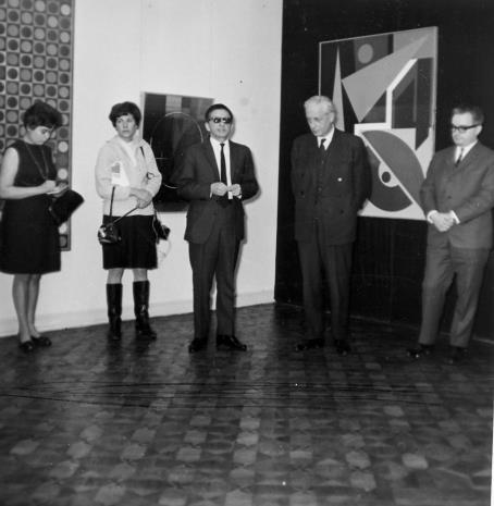 Od lewej M. Straszewicz (tłumaczka), red. Krystyna Tamulewicz (Polskie Radio), R. Stanisławski, Arnauld Wapler (Ambasador Francji w Polsce), Robert Chatel (attache kulturalny ambasady francuskiej)