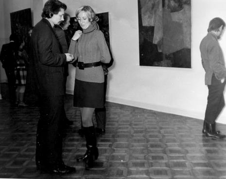 Na pierwszym planie artyści: Jerzy Treliński i Izabela Maria Trelińska