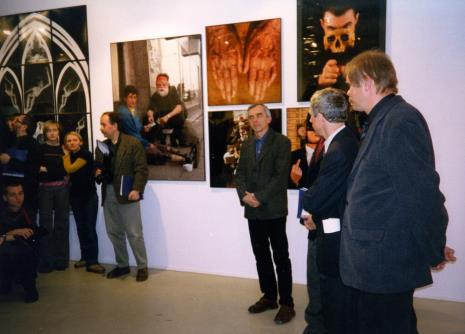 Publiczność i organizatorzy wystawy